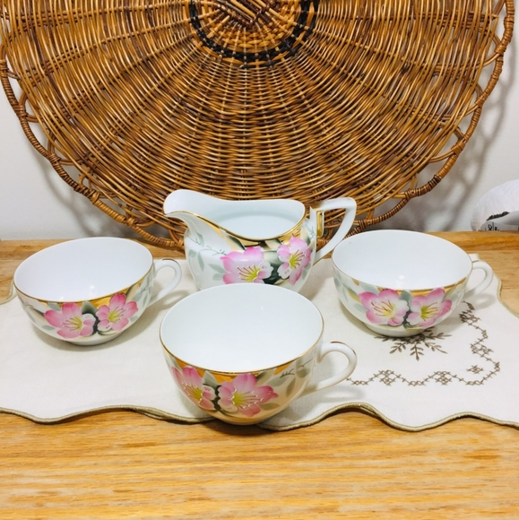 Antique, 1920s-30s Noritake, 4 items.Hard to find.